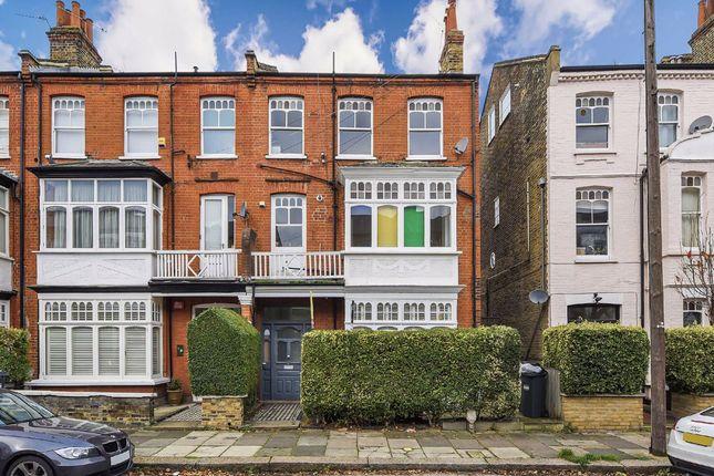 2 bed flat for sale in Ennismore Avenue, London W4