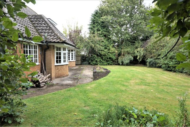 Thumbnail Cottage for sale in Holton Road, Tetney