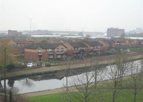 3 bed flat to rent in Trafalgar View, 328 Vauxhall Road, Vauxhall, Liverpool, Merseyside