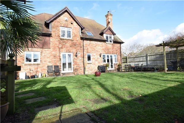 Thumbnail Detached house for sale in Clarks Yard, Flimwell