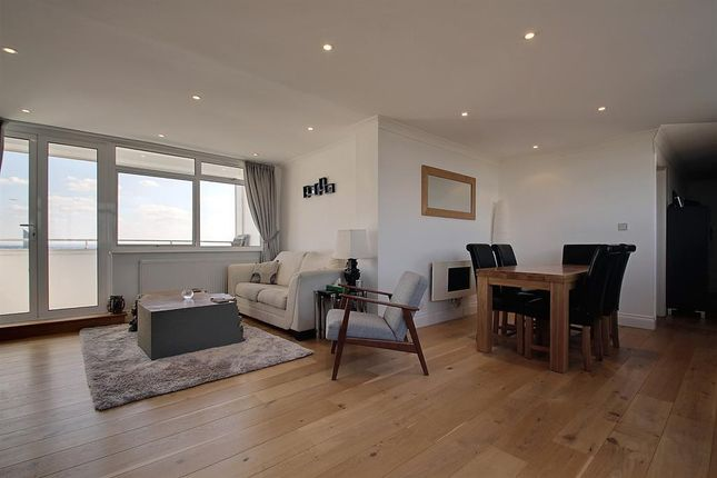Thumbnail Flat for sale in The Cedars, Heronsforde, Ealing