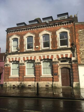 Thumbnail Flat to rent in Clyde Building, Town Quay Southampton