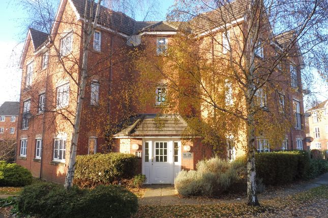 Thumbnail Flat for sale in Laxton Grove, Solihull