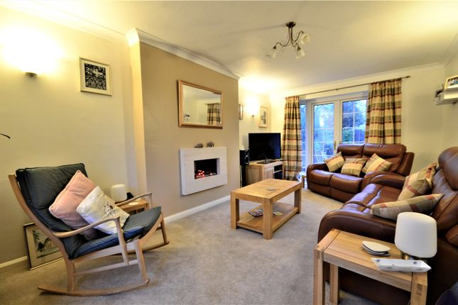 Living Room of Lewes Road, East Grinstead, West Sussex RH19
