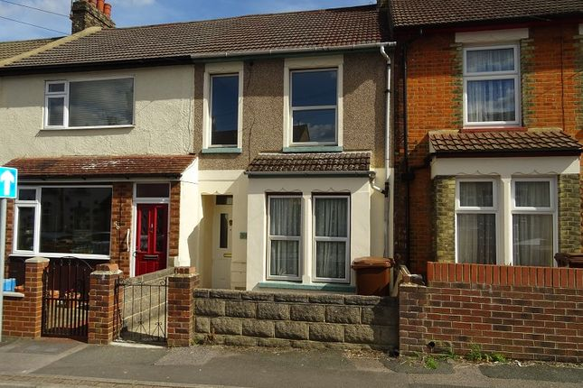 Thumbnail Terraced house to rent in Beresford Road, Gillingham, Kent.
