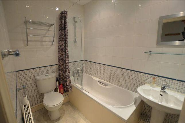 Bathroom of Beech House, Exeter Road, Honiton, Devon EX14