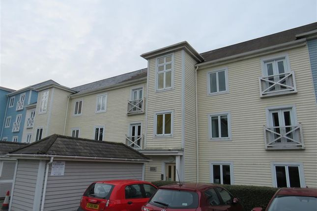 Thumbnail Property to rent in Lambe Close, Snodland