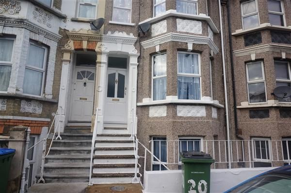 Thumbnail Property for sale in Heverham Road, London