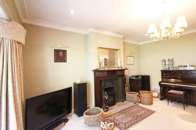 15-Sitting-Room of Barr Crescent, Largs KA30