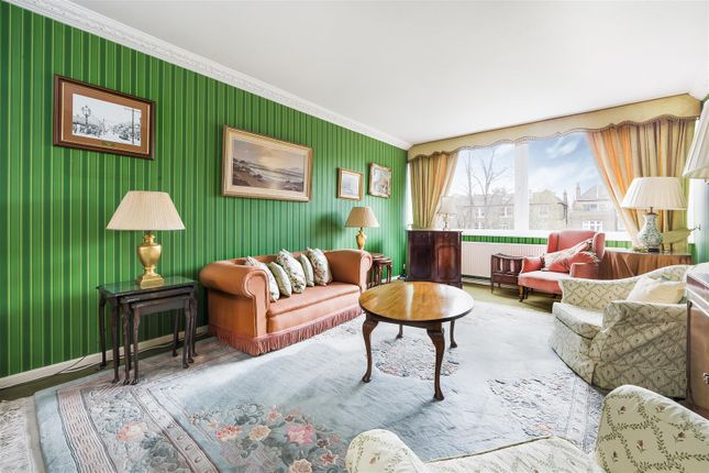 Thumbnail Flat for sale in Compayne Gardens, West Hampstead, London