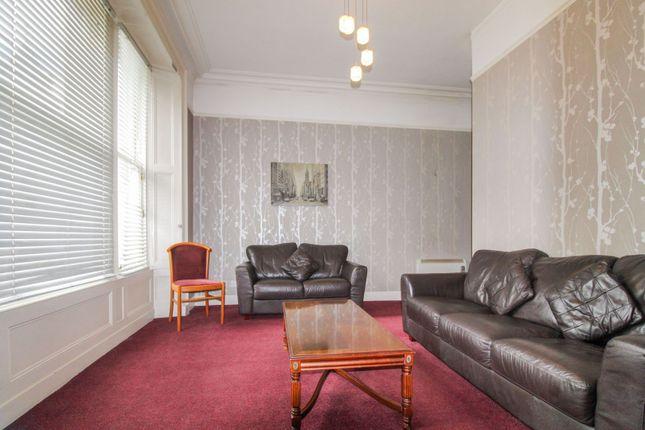 Lounge of Crown Street, Aberdeen AB11