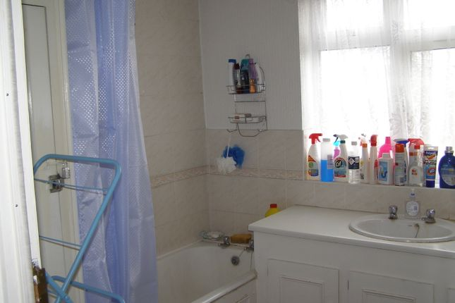 Bathroom of Ventnor, Stanmore HA7