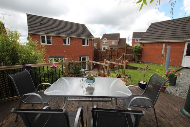 Thumbnail Detached house for sale in Clifton Way, Stapenhill, Burton-On-Trent