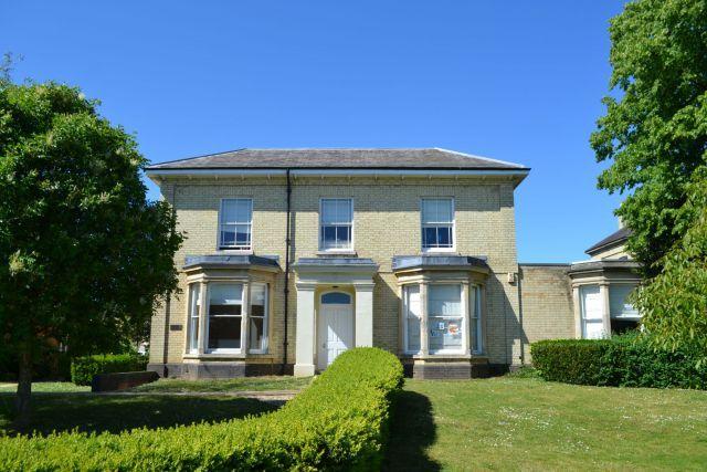 Winton Villa, Cliftonville, Northampton NN1