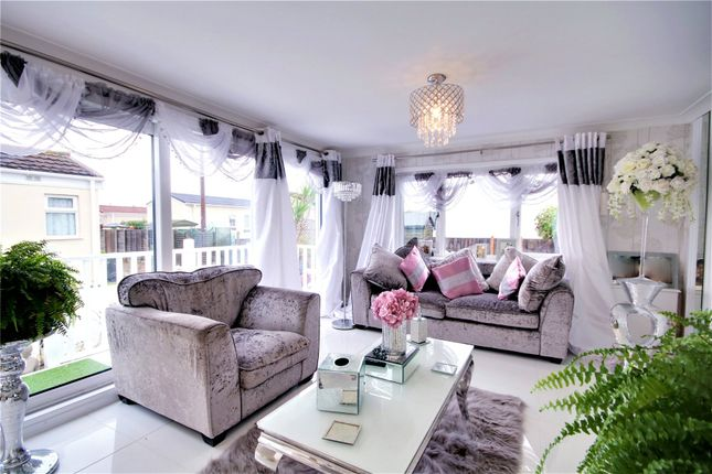 Picture No. 03 of Meadowlands, Addlestone, Surrey KT15