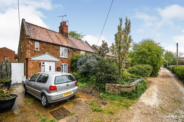 3 bed property for sale in New Row, Heacham, King's Lynn PE31