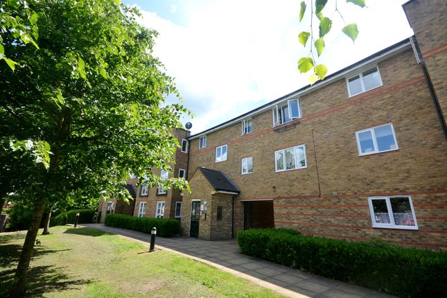 Thumbnail Flat for sale in Nottage Crescent, Braintree