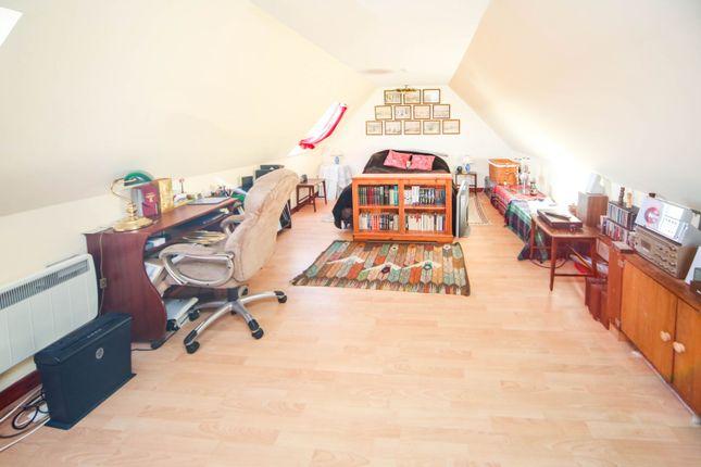 Master Bedroom of Grange, Keith AB55