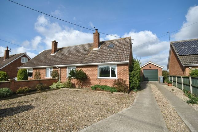 3 bed property for sale in Back Lane, Rackheath, Norwich