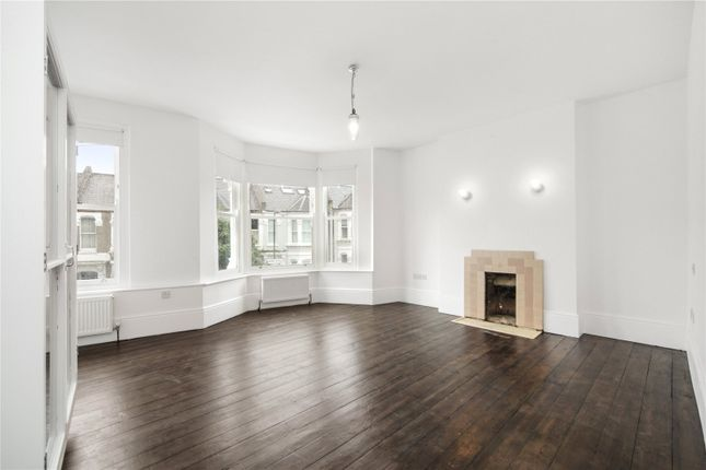 3 bed detached house to rent in Linden Avenue, London NW10