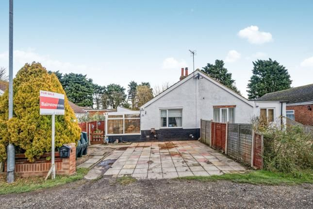Thumbnail Bungalow for sale in Sea Lane, Saltfleet, Louth, Lincolnshire