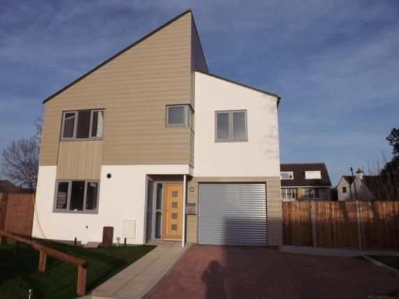 Thumbnail Detached house for sale in Station Road, Hayling Island