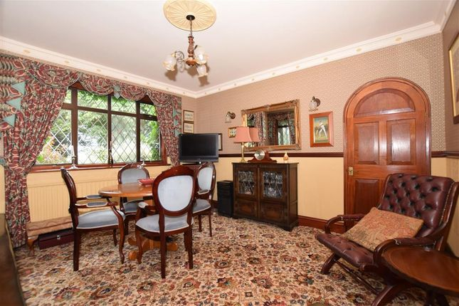 Family Room of Queenborough Road, Minster On Sea, Sheerness, Kent ME12