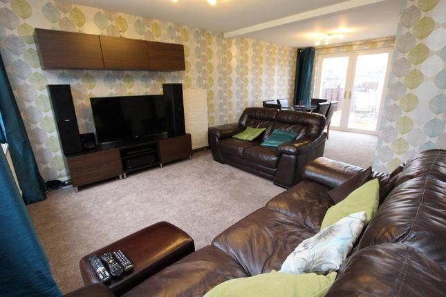 Thumbnail Property to rent in Lonsdale, Hemel Hempstead