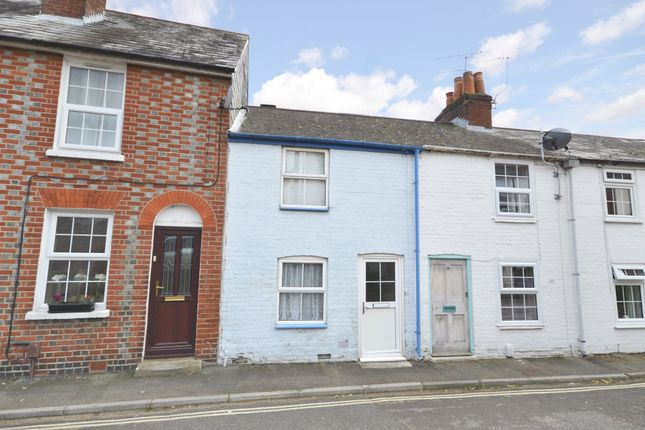 Thumbnail Terraced house to rent in The Yard, High Street, Cowes