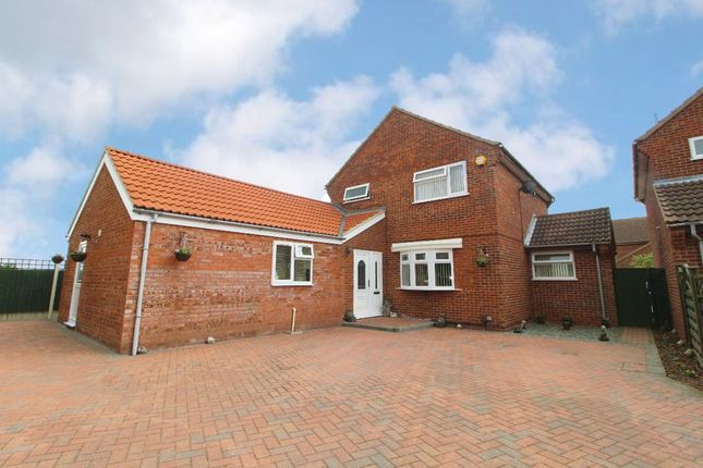 Thumbnail Detached house for sale in Elmsdale Road, Wootton
