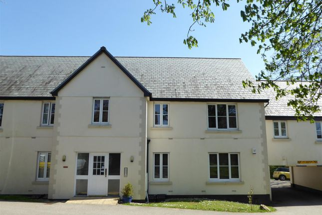 2 bed flat for sale in Doublegates, Trewoon, St. Austell