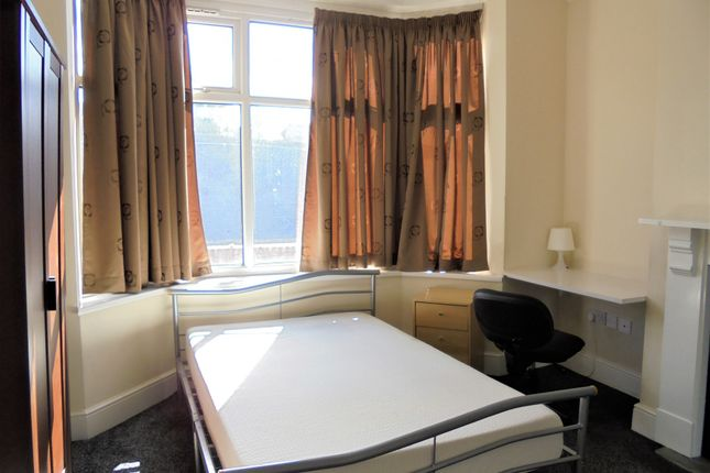 Thumbnail Shared accommodation to rent in St. Patricks Road, Coventry, West Midlands