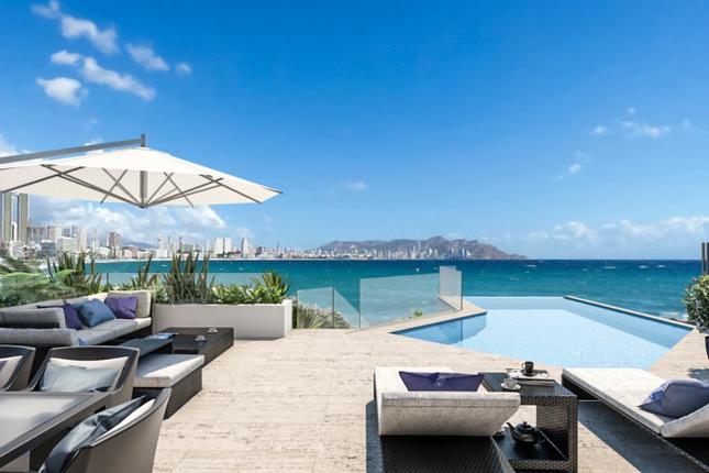 Thumbnail Apartment for sale in Paseo Tamarindos, 1, 03502 Benidorm, Alicante, Spain