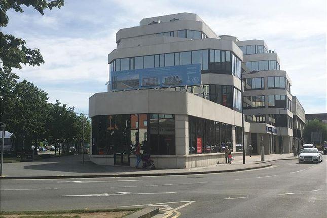 Thumbnail Restaurant/cafe to let in Ground Floor Annexe Cornwall House, 55-57 High Street, Slough, Berkshire