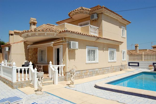Thumbnail Property for sale in Los Balcones, Valencia, 03186, Spain