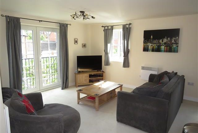 Thumbnail Flat to rent in Forge Close, Churchbridge, Cannock