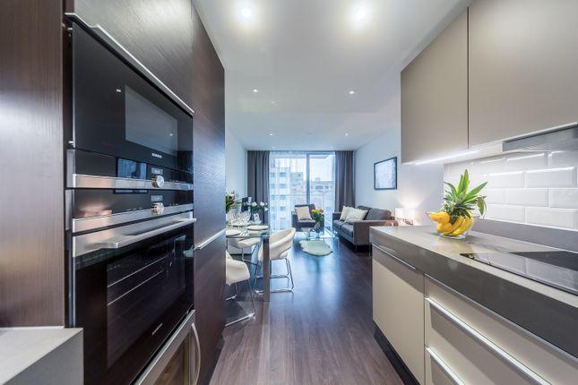 Thumbnail Flat to rent in 84 Alie Street, London
