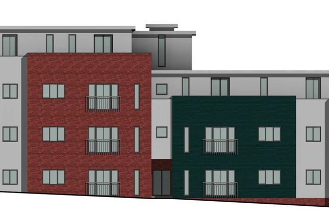 Thumbnail Flat for sale in Cantelupe Road, East Grinstead, West Sussex