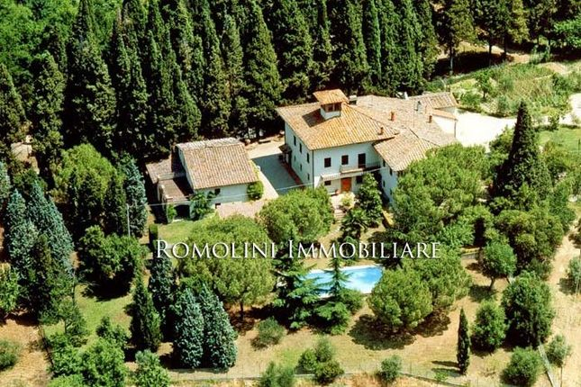 15 bed villa for sale in Florence, Tuscany, Italy