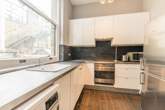 Flat to rent in Russell Square Mansions, Bloomsbury, London