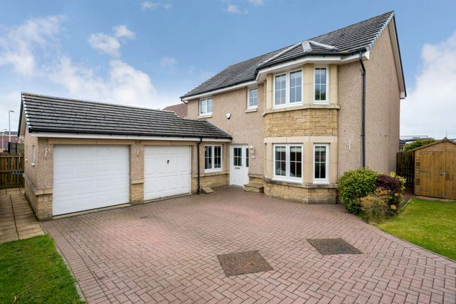 Thumbnail Detached house for sale in 39 Vorlich Way, Dunfermline