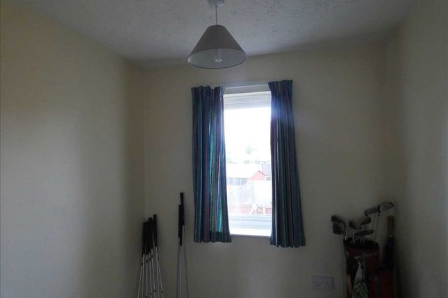 Rear Bedroom 3: of Woodcross Avenue, Scunthorpe DN16
