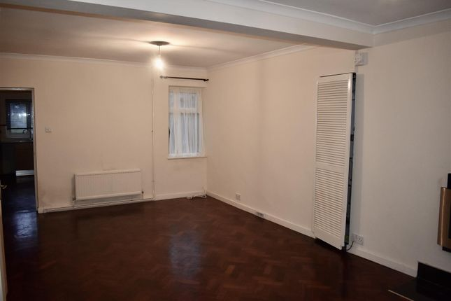 Lounge of Rawlings Road, Llandybie, Ammanford SA18