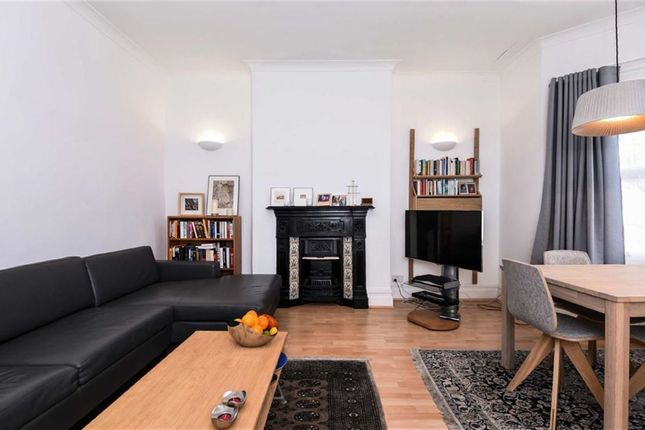 1 bed flat for sale in Glengall Road, Queens Park, Queens Park, London