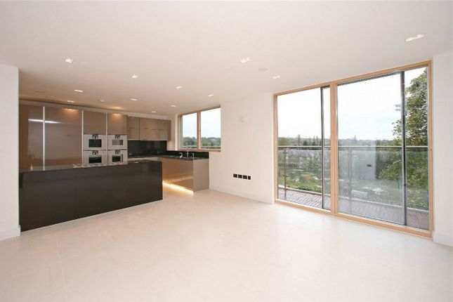 Thumbnail Flat for sale in Penthouse, Cherry Tree Hill House, East Finchley, High Road