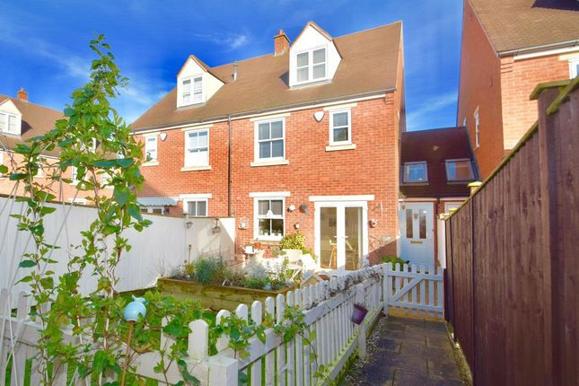 3 bed semi-detached house for sale in John Martin Square, Evesham