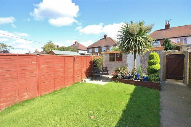Property For Sale In Anlaby Common
