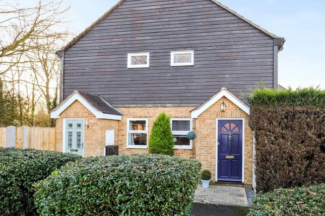 Thumbnail Terraced house for sale in Viscount Gardens, West Byfleet, Surrey