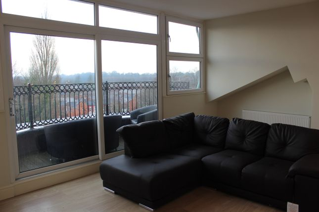 Thumbnail Flat to rent in West Cliff, Preston