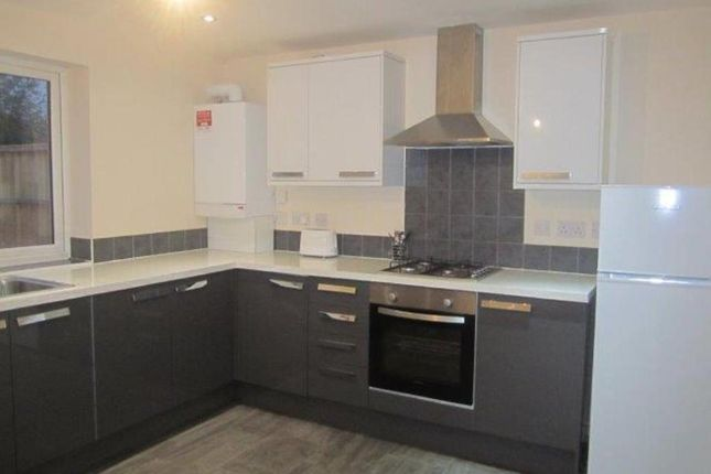 Thumbnail Property to rent in Kendal Drive, Slough